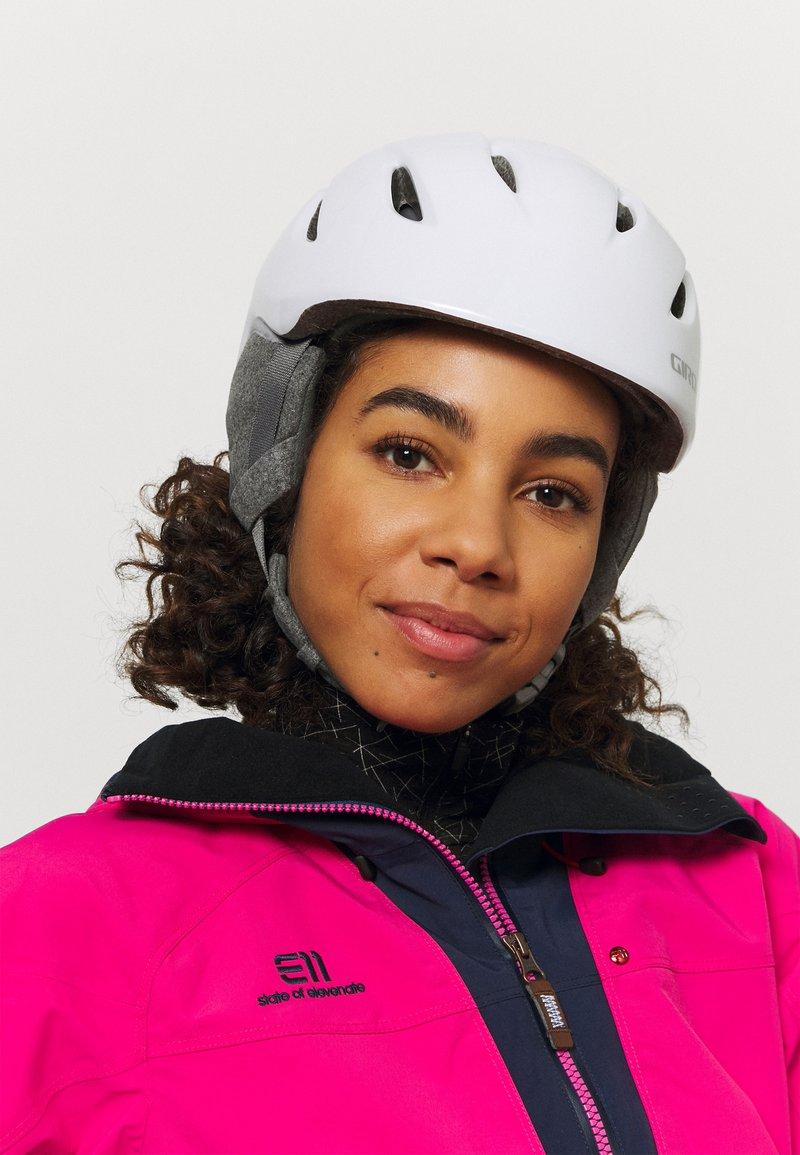 Giro - ERA - Helmet - pearl white