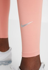 Nike Performance - RUN  - Tights - pink quartz/metallic silver - 5