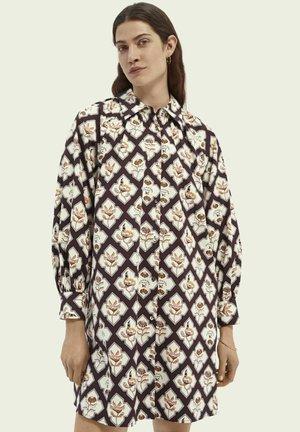 GATHERED  - Shirt dress - combo b