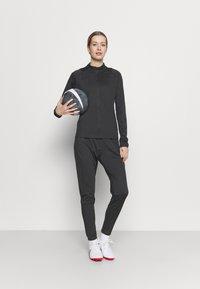 Nike Performance - ACADEMY SUIT - Træningssæt - anthracite/black - 1