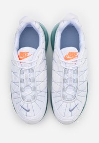 Nike Sportswear - MX-720-818 FRSH  - Trainers - white/indigo fog/pure platinum - 3