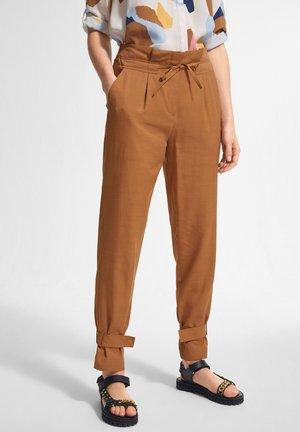 Trousers - caramel