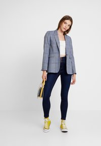 New Look - SUPER - Jeans Skinny Fit - mid blue - 1