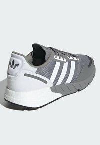 adidas Originals - ZX 1K BOOST SCHUH - Sneakers - grey - 2