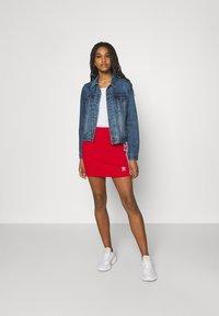 adidas Originals - THREE STRIPES SKIRT - Minifalda - red - 1