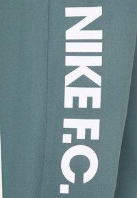 Nike Performance - FC PANT - Teplákové kalhoty - hasta/white - 5