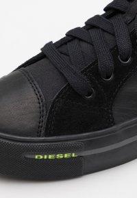 Diesel - DESE S-DESE ML SNEAKERS - Sneakersy wysokie - black - 5
