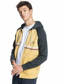 Quiksilver - EVERYDAY - Zip-up sweatshirt - rattan - 3
