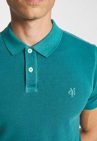 Marc O'Polo - SHORT SLEEVE BUTTON PLACKET COLLAR AND CUFF - Polo shirt - alpine teal - 4