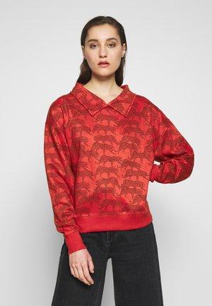 SISI - Bluza z kapturem - red