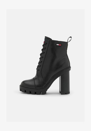 BRANDED TAPE BOOT - Lace-up ankle boots - black