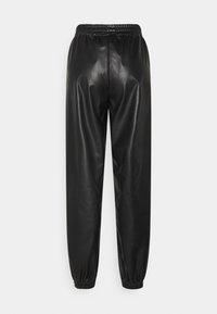 H2O Fagerholt - TRACK SUIT PANT - Kalhoty - black - 1