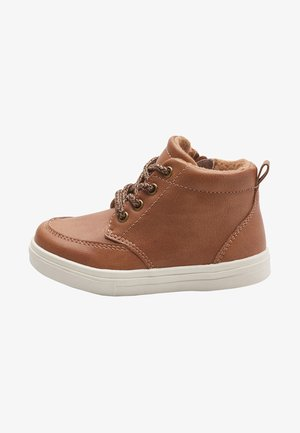 CHUKKA - Baby shoes - brown