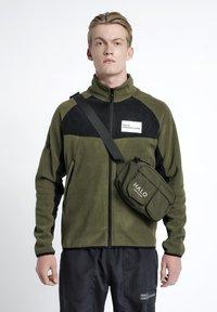 HALO - Bæltetasker - ivy green - 0