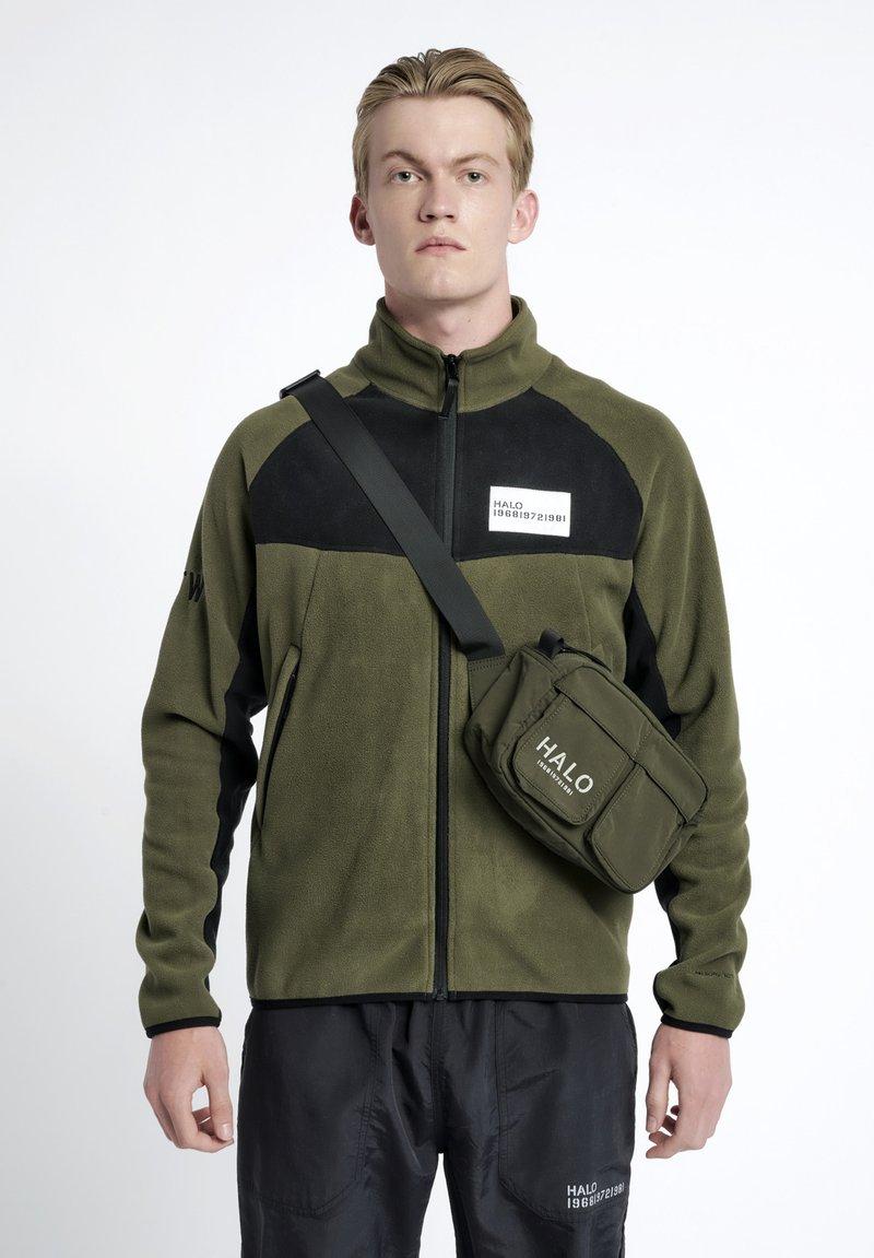 HALO - Bæltetasker - ivy green