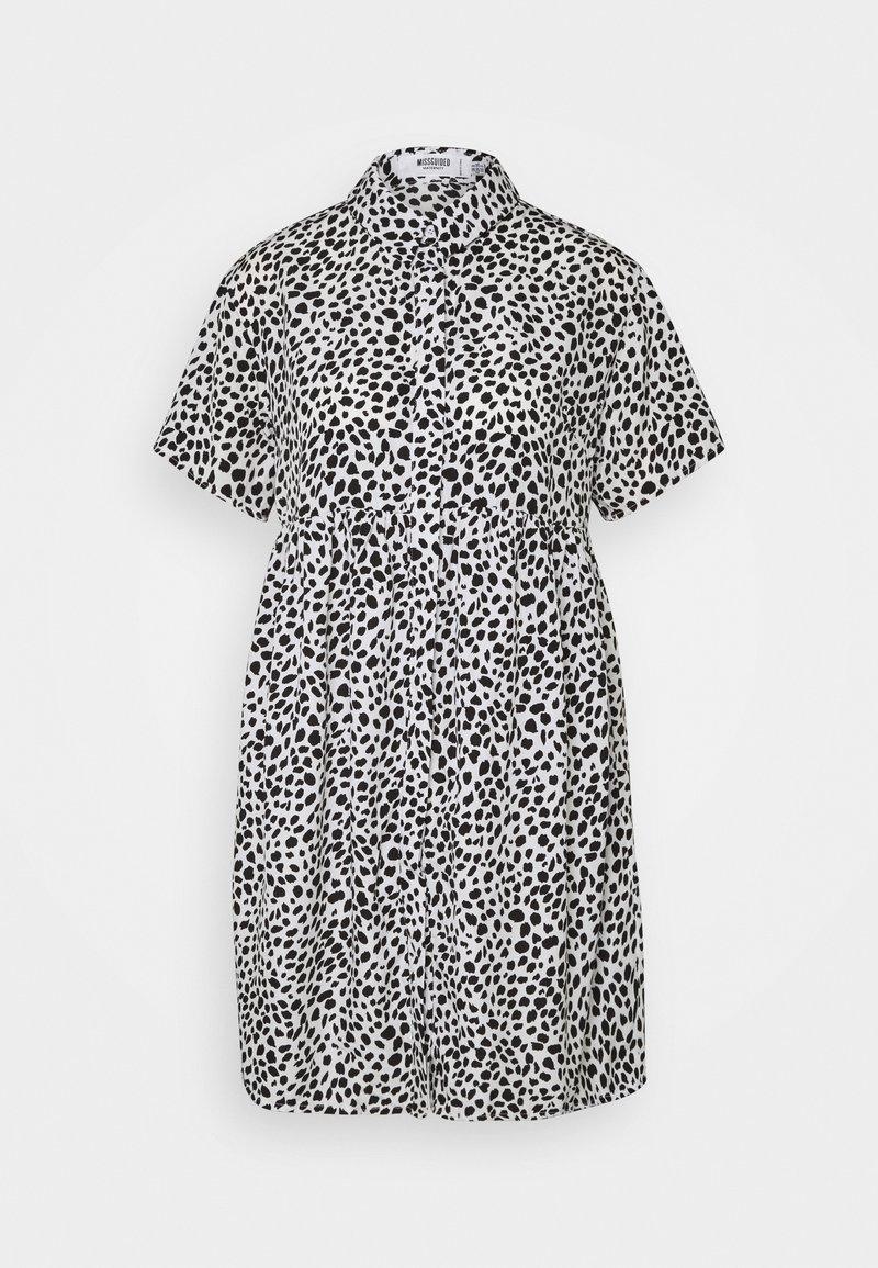 Missguided Maternity - SMOCK DRESS DALMATIAN - Košilové šaty - white