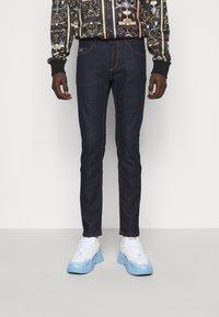 Versace Jeans Couture - DRILL - Skinny-Farkut - light-blue denim - 0