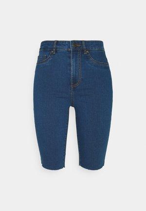 VMJOY JUDY - Denim shorts - medium blue denim