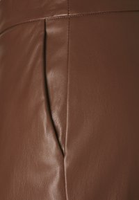 Sisley - TROUSERS - Pantaloni - brown - 2