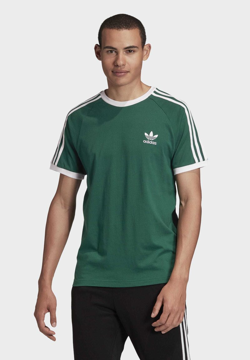adidas Originals - 3-STRIPES T-SHIRT - Print T-shirt - green