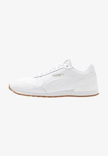 RUNNER V2 UNISEX - Sneakersy niskie - white/gray violet