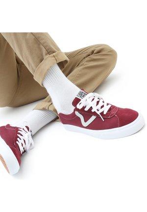 UA VANS SPORT - Sneakers - red/grey
