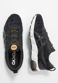 ASICS - GEL-QUANTUM 180 - Zapatillas de running neutras - graphite grey/black - 1