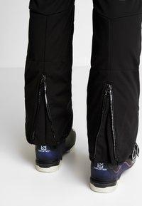 Dare 2B - MAXIMUM SKI SUIT - Ski- & snowboardbukser - black - 5