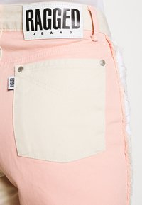 The Ragged Priest - CARNIVAL  - Džíny Straight Fit - pink/beige - 5