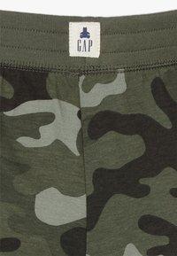 GAP - TODDLER BOY - Shorts - green - 2