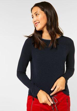 MIT GLITZER-KRAGEN - Long sleeved top - blau
