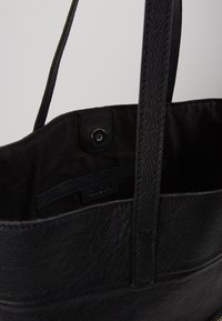 Zign - LEATHER - SHOPPING BAG / POUCH SET - Torba na zakupy - black - 5
