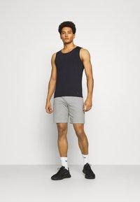 Endurance - MOREL SHORT - Short de sport - mid grey mel. - 1
