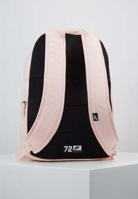 Nike Sportswear - HERITAGE UNISEX - Reppu - echo pink - 2