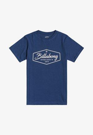 TRADEMARK - Print T-shirt - denim blue