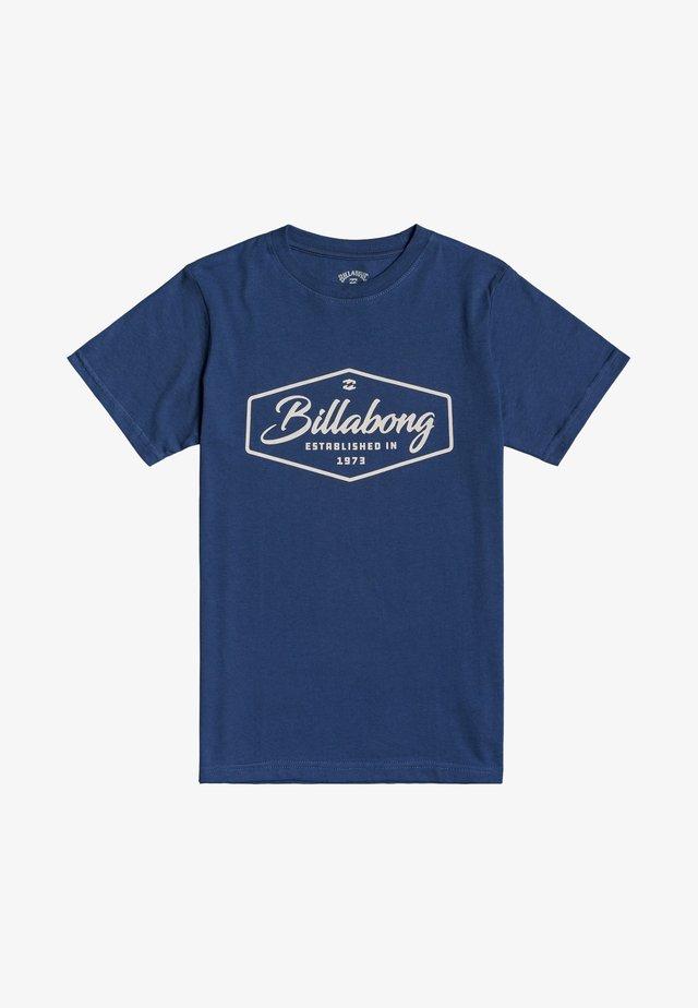 TRADEMARK - T-shirt con stampa - denim blue