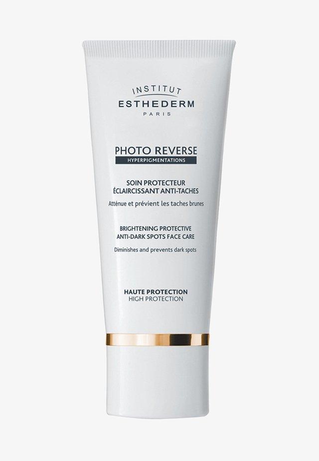 INSTITUT ESTHEDERM  - Sun protection - white