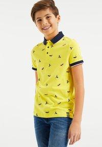 WE Fashion - Polo shirt - bright yellow - 1