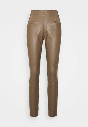 ONLMINDY - Leggings - Trousers - walnut