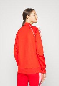 adidas Originals - TRACKTOP - Giubbotto Bomber - red - 3
