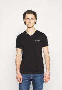 Diesel - UMLT-DIEGOS-J-V T-SHIRT - Print T-shirt - black - 0