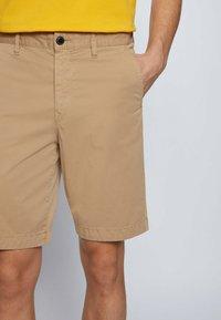 BOSS - Shorts - beige - 3