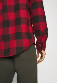 Pier One - Shirt - red/black - 4