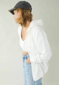 Pimkie - Zip-up sweatshirt - altweiß - 2