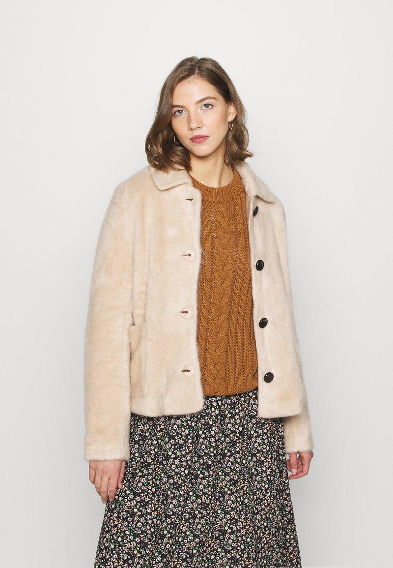 ONLY - ONLADELE  - Zimní bunda - warm taupe