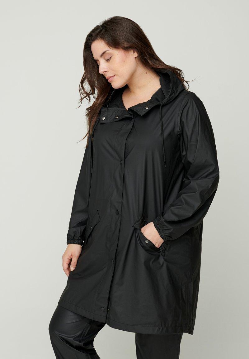 Zizzi - Waterproof jacket - black