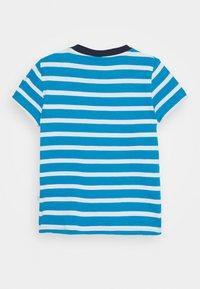 Frugi - SID LOBSTER - Print T-shirt - motosu blue - 1