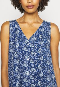 GAP - DRESS - Day dress - blue - 4