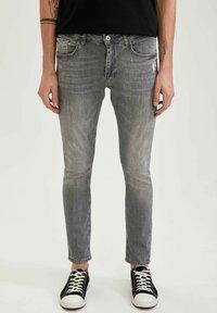 DeFacto - Slim fit jeans - grey - 0
