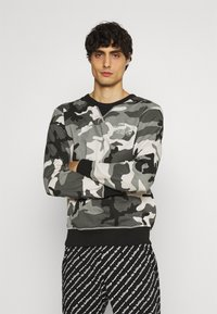 Diesel - UMLT-WILLY SWEAT-SHIRT - Pyjama top - camouflage grey - 0
